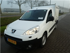 Peugeot - PARTNER 1.6 FOOD TRUCK MARGEAUTO
