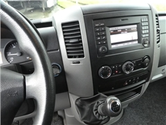 Mercedes -BENZ - SPRINTER 216 CDI