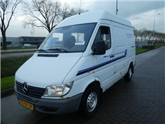 Mercedes -BENZ - SPRINTER 208 CDI