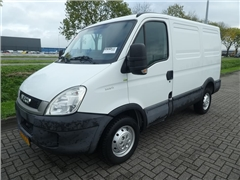 Iveco - DAILY 35 S 11 L1H1