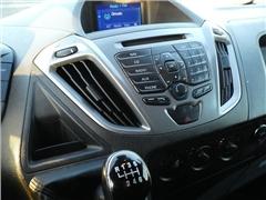 Ford - TRANSIT CUSTOM 2.2 TDCI NAVI