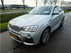 BMW - X4 3.0 D M SPORT HI full options