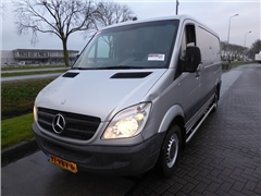 Mercedes -BENZ - SPRINTER 211