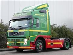 Volvo - FM 13.360 GLOBE E4 496 TKM