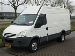 Iveco - DAILY 35S10