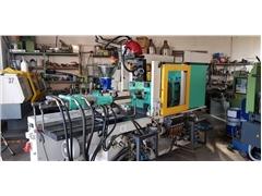 Arburg 320C 500-250 Wtryskarka  + robot Wittmann