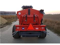 RCW-3 T - Rozsiewacz wapna nawozu sadowniczy