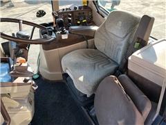 Ciągnik John Deere 6420 z ładowaczem czołowym