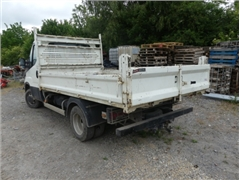 Truck with Iveco dumpster