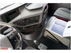 Volvo / FH / 500 / EURO 6 / ACC / GLOBTROTTER