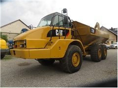 CATERPILLAR CAT 730, 2004 ROK