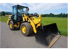 CATERPILLAR CAT 906 M