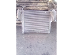 Chłodnica intercooler actros A9425010301 BEHR25184