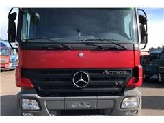 Mercedes Actros Ciągnik siodłowy MERCEDES-BENZ ACTROS 2051A 4 x 4