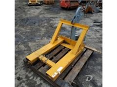 Barrel lifting equipment Labruche PFU P 1 F Plast-
