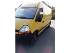 Renault MASTER van with trailer hitch and roof gal