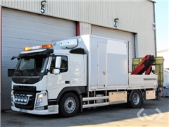 Volvo FM 4x2 Flatbed-leaves (crane) Cabinet