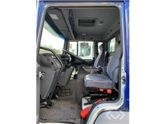 Volvo FL6L 4x2 Box (tail lift)