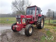 Tractor International INTERNATIONAL 1246 - 79