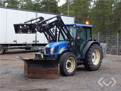 Tractor New Holland T4030 YES with loader, folding