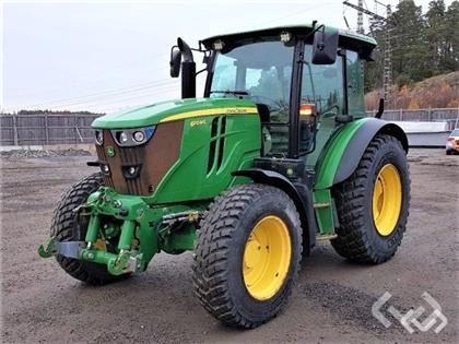 Tractor John-Deere 6110 MC - 15