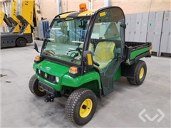 John Deere STREETS 4x2 Electric with tipping platf