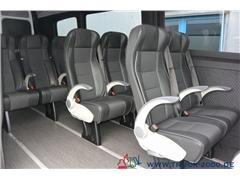 Bus pasażerski VOLKSWAGEN Crafter