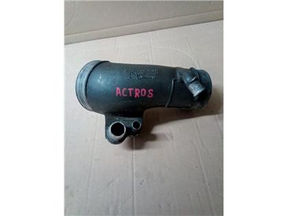 ACTROS rura A5411400601łącznik wlot turbosprężarki