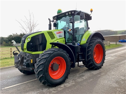 2015 CLAAS AXION 830