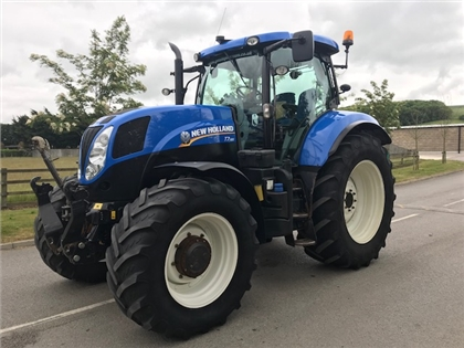 2012 NEW HOLLAND T7.185