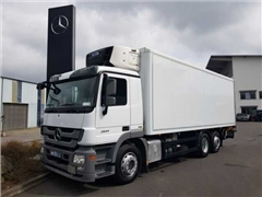 Mercedes Actros Ciężarówka chłodnia MERCEDES-BENZ Actros 2541 LL 6x2 Kühlkoffer + LBW Retarder