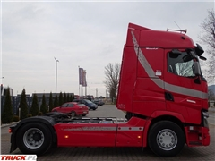 Renault T 520 / RETARDER / NAJWYŻSZA KABINA / NOWE OPONY /