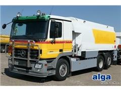 Ciężarówka do przewozu paliw MERCEDES-BENZ 2541 L,
