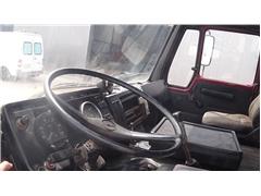 Mercedes SK 2226 (SUSPENSION LAMES / V8 MOTEUR / 10 ROUES /