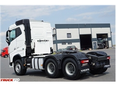 Volvo / FH 16 / 650 / EURO 6 / ACC / 6 X 4  / 3 OSIE / D